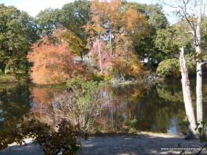 Fall color reflected in Mechanic's Pond