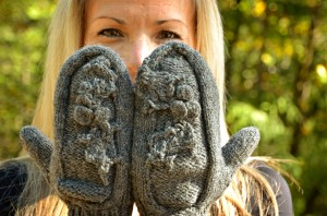 The Holly Mitten backs