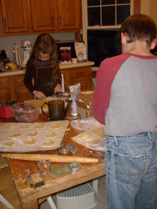 M and K making sugar cookies